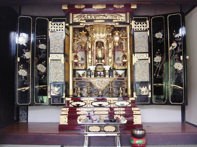 仏壇(東広島市豊栄町吉原)201405